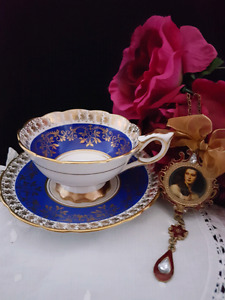ROYAL STAFFORD vintage perfect tea cup