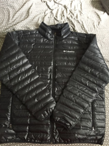 NEW - Columbia Puffer Jacket - XL