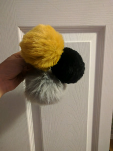 Pompon/ Accessory