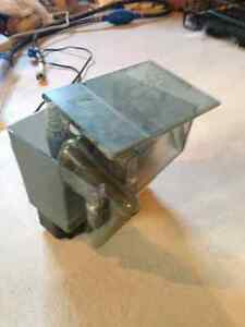 5 Gallon tank and two filters for sale West Island Greater Montréal image 2
