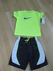 T-Shirt Nike et short
