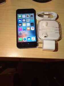 IPHONE 5s 16gb BELL/VIRGIN accessories NEUF, LIRE MON ANNONCE!!