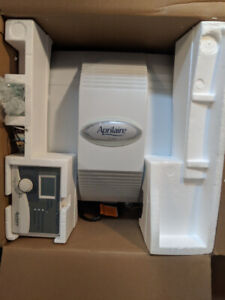 Aprilaire    Model 700 Automatic Whole House Humidifier