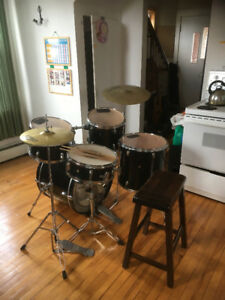 Kitchen drums... SOLD!! second try! Only $140!