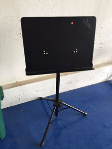 Music stand- professional heavy duty