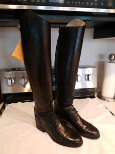 ARIAT CHALLENGER Field Boots size 9