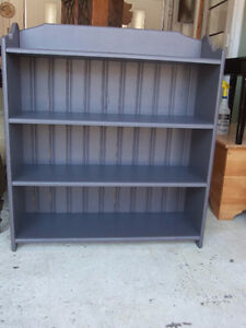 wall or floor display cabinet solid wood, has 4 shelves