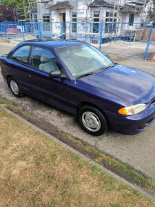 1995 Hyundai Accent GL Coupe (2 door) ONLY 46,000 KM's !!!
