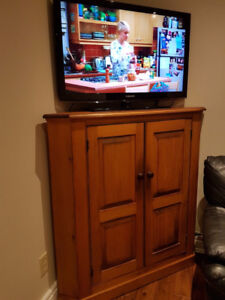 TV stand, Hutches & Display Cabinets