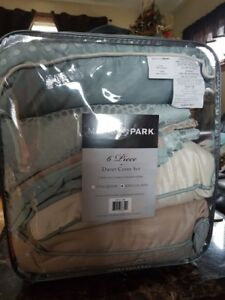 Madison Park 6pcs Duvet Cover Set- King  brand new in bag