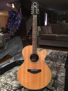 YAMAHA ACOUSTIC 12-STRING CPX 700 II-12 NT