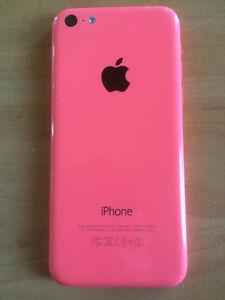 iphone 5c rose 16 gb bell et virgin très bonne état 200 $ firm