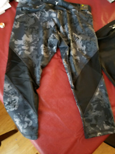 Old Navy BRAND NEW w TAGS Exercise pants XL