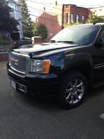 2009 GMC Denali (Mint!!!)