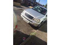 • Mercedes ml 270 2002 automatic •