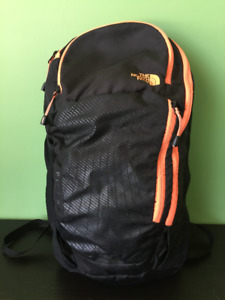 Used The north-face ladies pinyon backpack