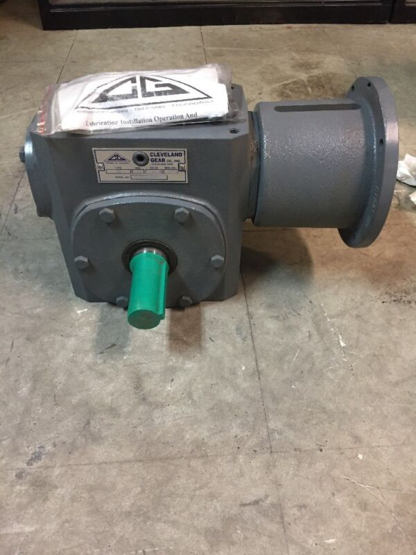 Cleveland Gear IC Size 26 30:1 Ratio M2615BAH30A Speed Reducer
