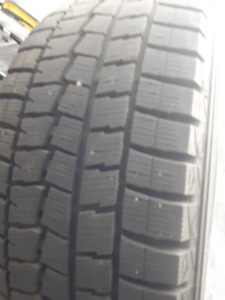 4 DUNLOP winter tires 235/50r18 like brand new