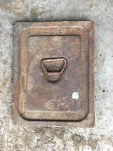 1947 to 1954 Chevrolet  GMC  Battery cover.