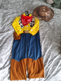 Dress up (Toy story woody)