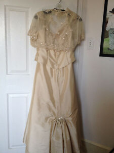 BRIDAL GOWN/MOTHER OF THE BRIDE/GROOM DRESS Cornwall Ontario image 5