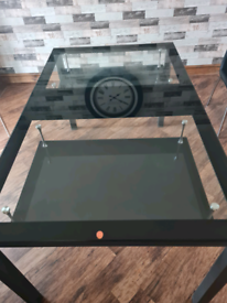 Gloss black Glass dining table