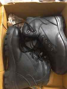 Woman size 8.5 steel toe work boots, brand new