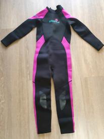 Waihui kids age 9-10 full length wetsuit
