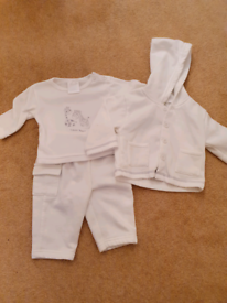 0 to 3 months baby soft lined outfit