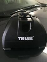 Thule 460R footpack. 2 Thule load bars. Fit kit.