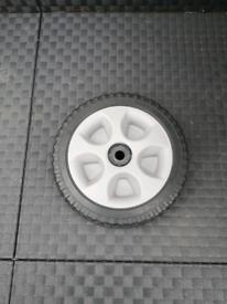 Senci generator spare wheel