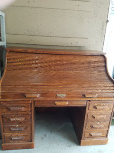 Solid Red Oak Roll-top desk with Key and Matching Chair