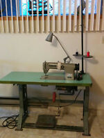 Sewing Machine (Machine a coudre)