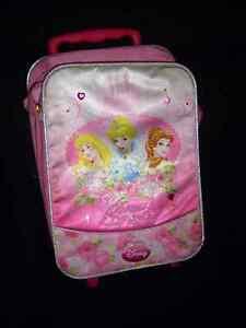 princess luggage on wheels
