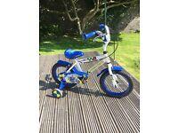 Boys bike with stabilisers
