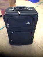 Samsonite 26 inch suitcase