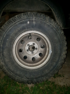 15x8 rims with 32s 5x4.5 bolt jeep or ford rangerr