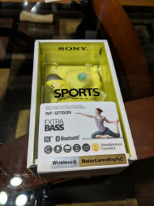 SONY WF-SP700N WIRELESS EARBUDS IN BOX