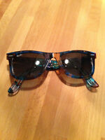 Wayfarer Ray Ban Sunglasses in mint condition!