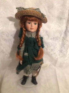 Avonlea Traditions Inc. Anne of Green Gables Treasury Doll