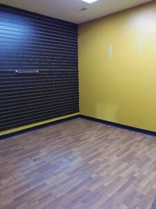 1039 D Kingsway Avenue Rental Space Available