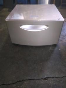 GE Laundry Pedestal