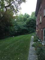 Spacious 2 Bedroom Central Barrie