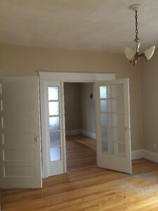 1 BDRM Avail May 1st.  Old West End.  Close to everything