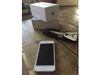 iPhone 5 on o2 very good condition+cover