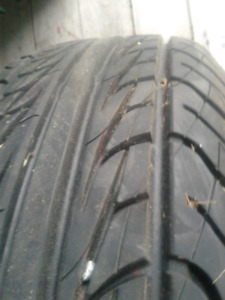 I almost New 195 65 15 all season tire
