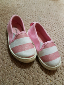 Toddler girl size 5 pink and white sparkly stripe sneakers