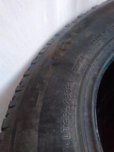 Pneus Michelin d'été pour camion