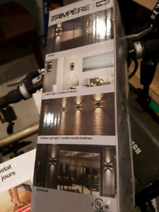 Exterior lights in Boxes
