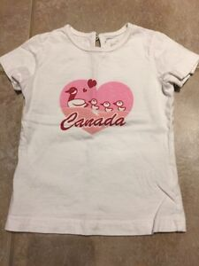 2T Canada T-Shirt